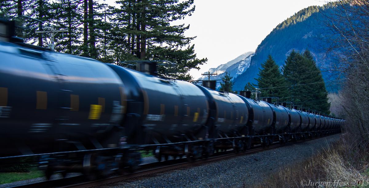 Oil train 290057
